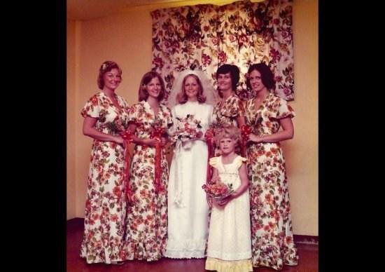 Funny Wedding Photos, Bad Wedding Photos, wedding photography, ugly wedding dresses, wedding receptions, wedding chapels, honeymoon destinations, wedding cakes, wedding toppers,