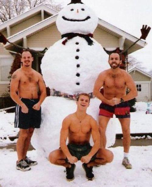 Shirtless Guys Snowman ~ 25 Funny, Creepy Family Christmas Photos