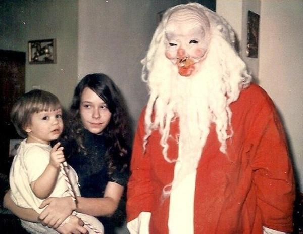 Creepy Santa Claus ~ 25 Funny, Creepy Family Christmas Photos