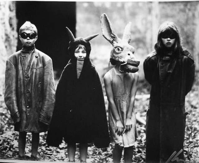 Creepy Vintage Halloween Costumes : oldschoolcreepy