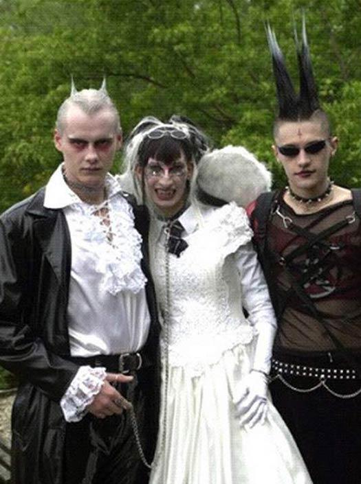 Got Vampire Wedding 15 Funny Pics