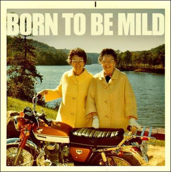 born-to-be-mild-funny-family-photos-1970s